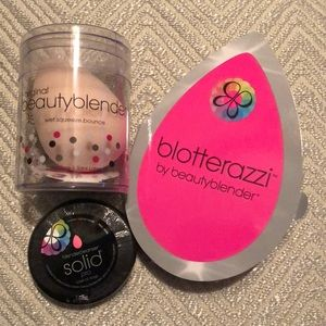 Other - Beauty Blender Blotterazzi and Solid Cleanser